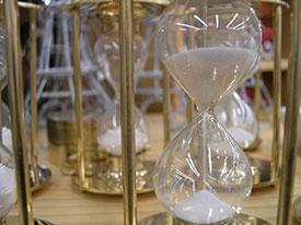 hourglass-(1)