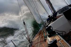 sailboatinastorm